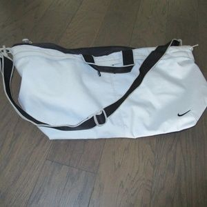 Nike vintage Gym Bag - Carry On bag - Duffel Bag